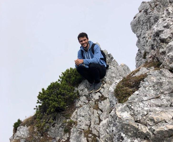 Vincent beim Klettern