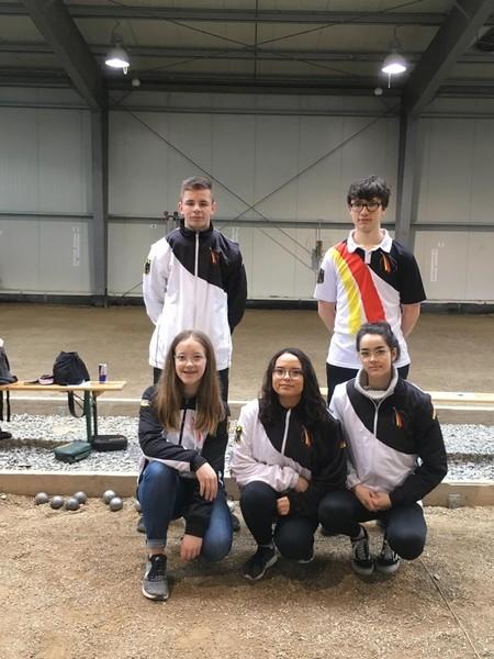 Kayl: Team 1 Dominik, Levi (fehlt auf dem Bild) und Gabriel; Team 2 Sarah, Chalisa und Silvana